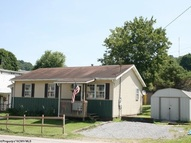 100 Sisterville Pike West Union WV, 26456