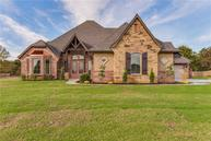 1403 Meadow View Dr Choctaw OK, 73020