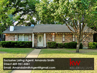 321 Valley Cove Dr Garland TX, 75043