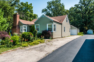 209 Oakwood Drive Wood Dale IL, 60191