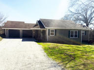 578 Howell Dr Drive Taneyville MO, 65759