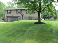 1208 Meadowlark Dr New Franklin OH, 44216