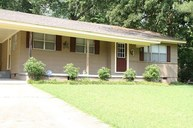210 Marilyn Dr Pearl MS, 39208