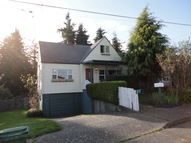 2636 Liberty North Bend OR, 97459