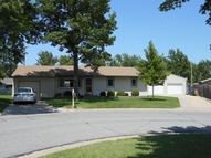 12 Wheatland Dr Hutchinson KS, 67502