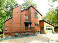 3513 Chestnuthill Dr Lake Ariel PA, 18436