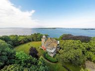 39 Juniper Point Woods Hole MA, 02543