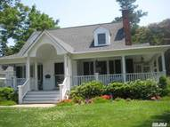 100 Seaview Ave Northport NY, 11768