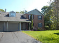 2402 B Cross Creek Dr. Sheboygan WI, 53081