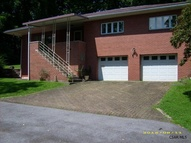 122 Elknud Ln Johnstown PA, 15905
