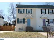 243 Crum Creek Dr Woodlyn PA, 19094