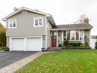 47 Orange Dr Jericho NY, 11753