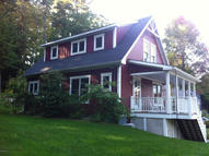 5 Pothul Dr Great Barrington MA, 01230