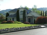 319 Martha Dr Winchester OR, 97495