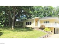 1146 Meadow Spur Akron OH, 44333