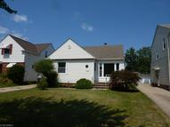 4053 Stonehaven Rd South Euclid OH, 44121