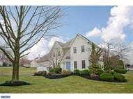 7017 Redcoat Dr Flourtown PA, 19031