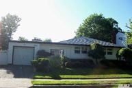 28 Randy Ln Plainview NY, 11803