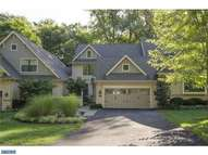 103 Traymore Ln Rose Valley PA, 19063