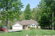 45 Waterpoint Ct Moneta VA, 24121