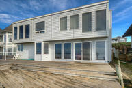 5771 Nw Jetty Ave Lincoln City OR, 97367