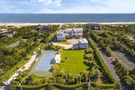 124 Dune Road Quogue NY, 11959