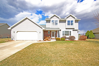 396 Waterview Rd De Pere WI, 54115