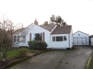 2429 S 121st Place Seattle WA, 98168