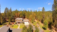 3795 Pleasant Creek Rd Rogue River OR, 97537