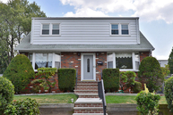 10 Fisher Pl North Arlington NJ, 07031