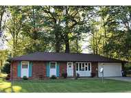 2207 Donna Dr Anderson IN, 46017
