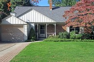 618 Lawndale Court Holland MI, 49423