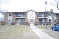 9s040 South Lake Drive 103 Willowbrook IL, 60527