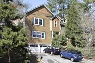 6 Woods Rd Locust Valley NY, 11560