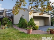 4 Lady Janes Way Northport NY, 11768
