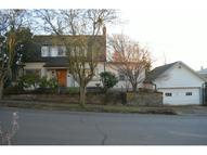 2232 Se Stephens St Portland OR, 97214