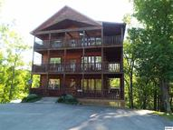 368 Oak Lake Drive Two Bonus Rooms Sevierville TN, 37876