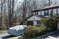 29 Pond Path Woodbury NY, 11797