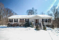 3 Woodcliff Dr Stormville NY, 12582