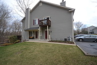252 Windsor Court D South Elgin IL, 60177