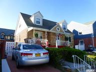 132-14 Cronston Ave Belle Harbor NY, 11694