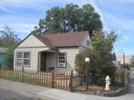 1023 E 14th The Dalles OR, 97058