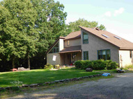 705 Oxbow Rd Hinsdale NH, 03451