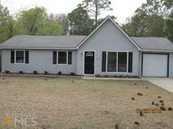 303 Martha Dr Se Saint Marys GA, 31558