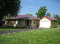 306 E Dale Heights Horse Cave KY, 42749