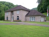 121 Caney Branch Road Chapmanville WV, 25508