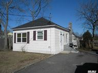 129 Maple Ave Patchogue NY, 11772