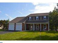 24 Balsam Ct Holland PA, 18966