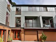 5049 Sw View Point Ter B Portland OR, 97239