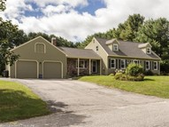 9 Country Charm Rd Cumberland ME, 04021